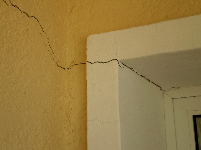 Indications Of Building Defects In Spain